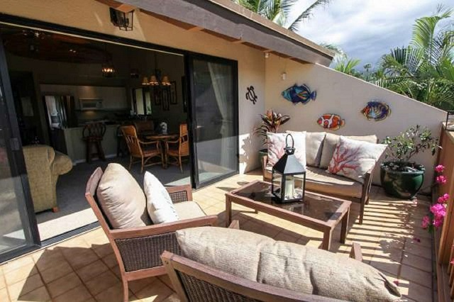vacation rental outdoor seating
