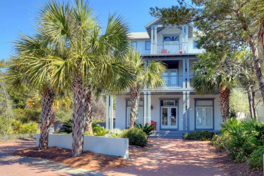 Spring and summer decorating how to spruce up rental homes for How to decorate a vacation rental home